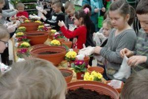 Dzieciaki sadzeniaki - 1c
