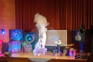 1b Show Szalonych Naukowców